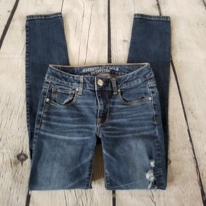 American Eagle | Distressed skinny jeans size 0